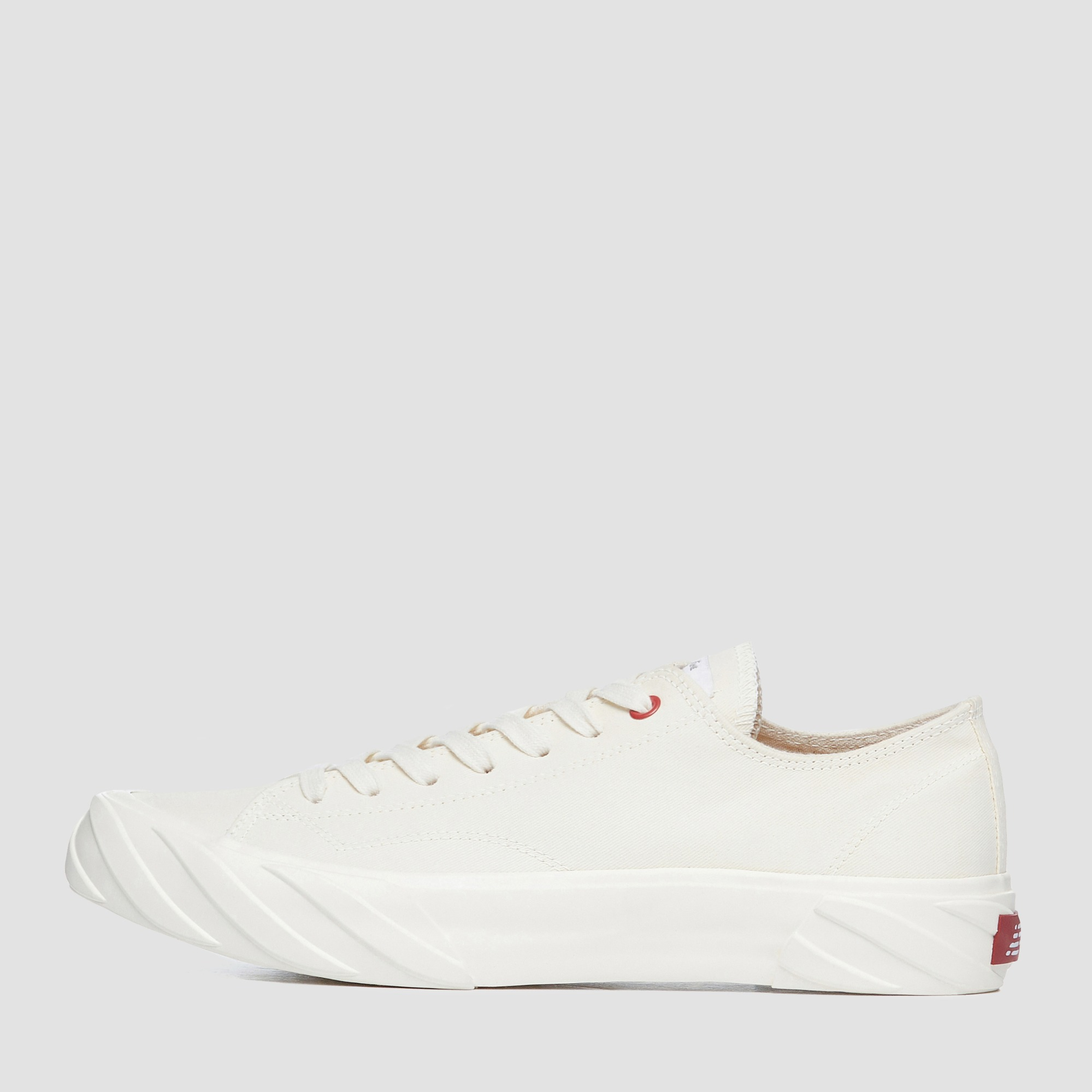 AGE CUT SNEAKERS